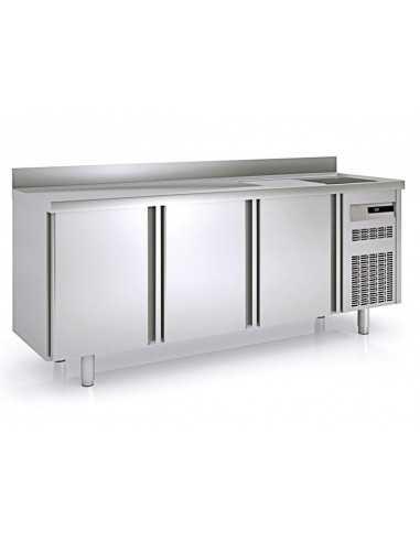 Mesa refrigerada con fregadero serie...